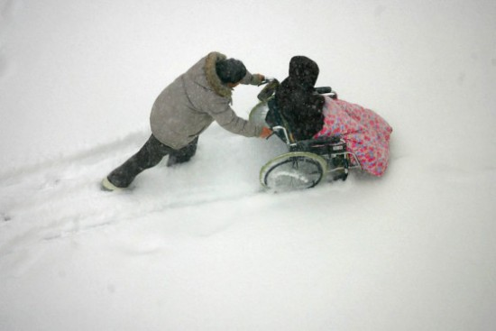 http://blog.amsvans.com/wheelchair-users-can-stay-active-in-the-snow-with-wheelblades/