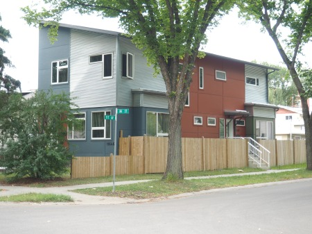 Duplex on a single lot