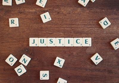 justice-2755765_640
