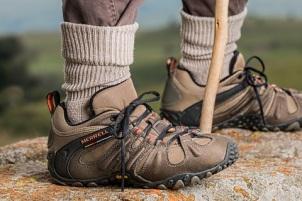 outdoor-walking-shoe-hiking-sport-military-765924-pxhere.com