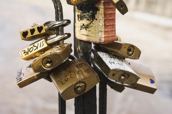 locks-1845832_640