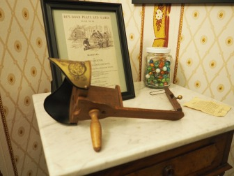 Stereoscope at the Stevenson House in Monterey, CA